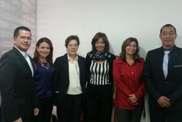 Docente Autónoma participa en escenarios que fortalecen la administración de empresas