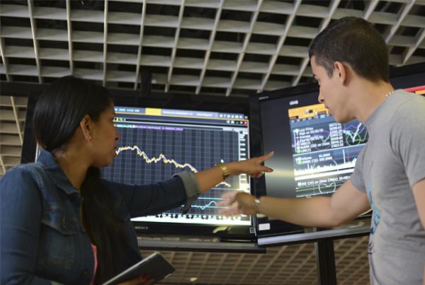 Laboratorio Financiero, un espacio para el análisis económico mundial