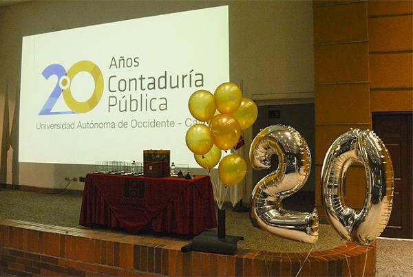 Cóctel de celebración en los 20 años de Contaduría Pública