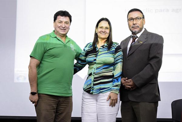 Conferencia sobre el ejercicio independiente de la profesión contable
