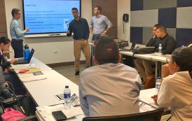 Empresarios de la región, son asesorados por estudiantes de Comercio Exterior