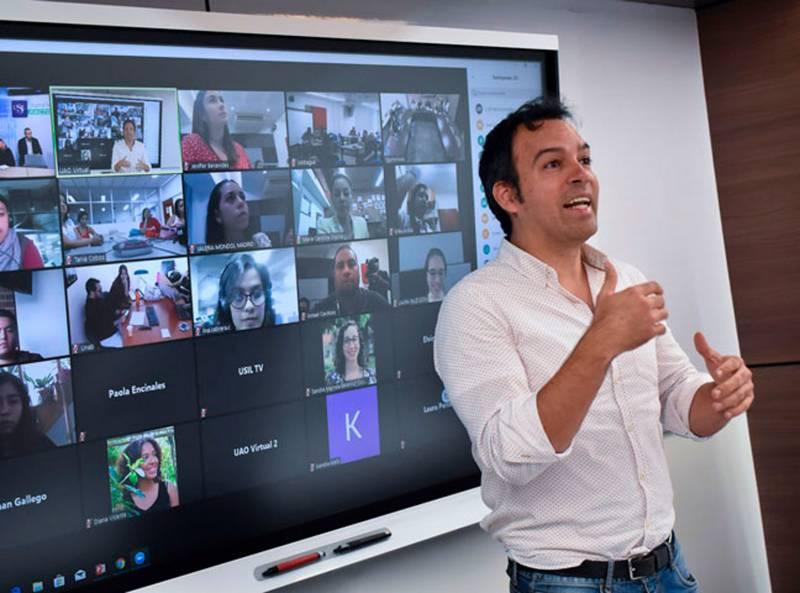 La Fundación Carolina reconoce la apuesta virtual de la UAO