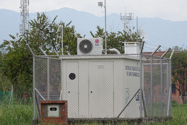 Novedosos sensores ópticos miden la calidad del aire en Vijes