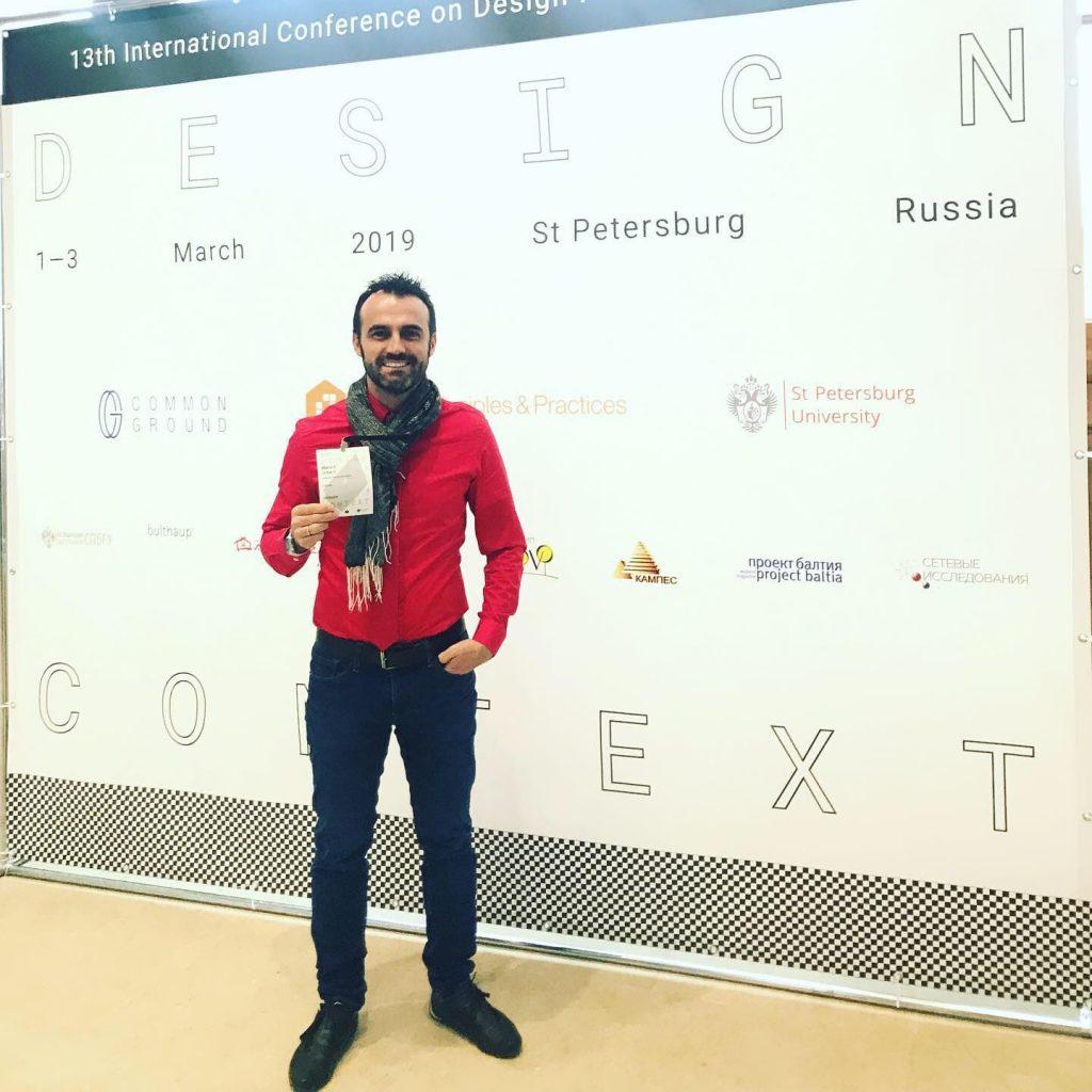 Mario Uribe. conferencista en Rusia