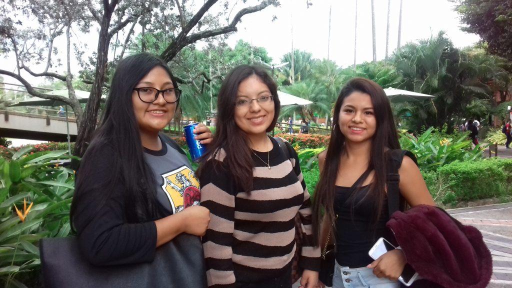Estudiantes de la Universidad de Ciencias y Artes de América Latina