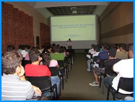 Una conferencia sobre telecomunicaciones