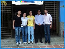 Estudiantes de Ingeniería Biomédica desarrollan investigación en nuevos materiales para la dosificación de insulina