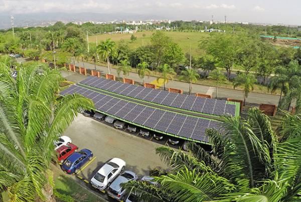 La Universidad Autónoma de Occidente como referente en energías renovables