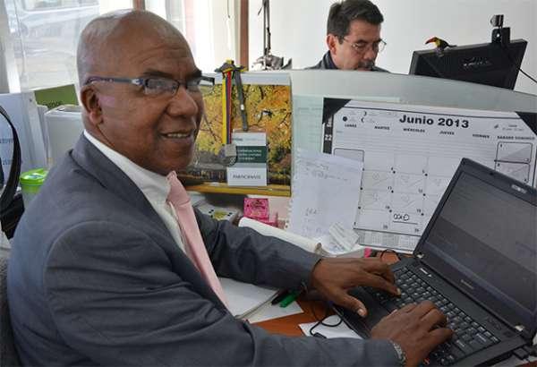 Harold Viáfara Pereira, un economista que pone su sello de calidad en Colciencias