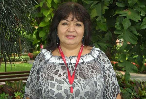 La profesora Sandra Arce, es la Mujer Vallecaucana del año