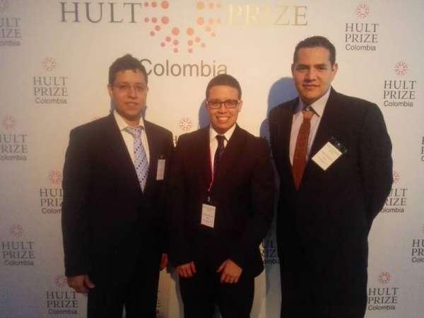 Reconocimiento internacional a emprendedores universitarios
