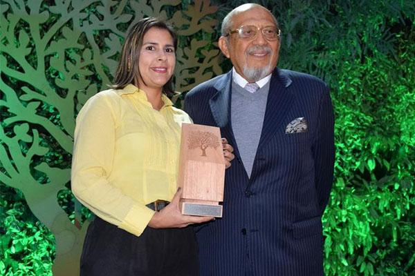 Universidad Autónoma de Occidente gana el premio a la Protección del Medio Ambiente